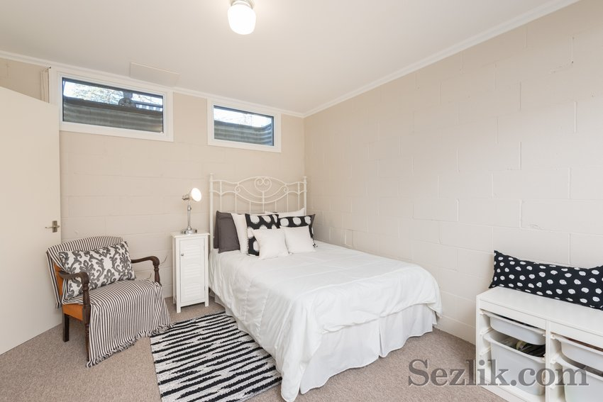 175 Blenheim Drive-23