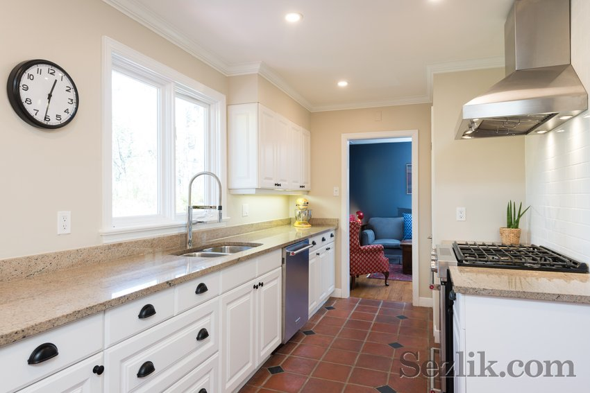 175 Blenheim Drive-8