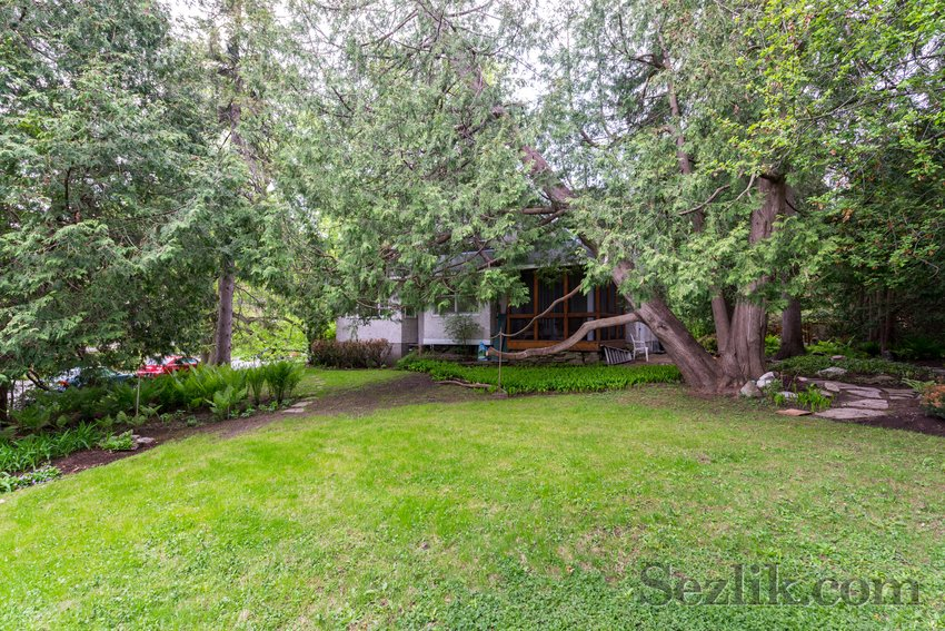 321 Cloverdale Road-17