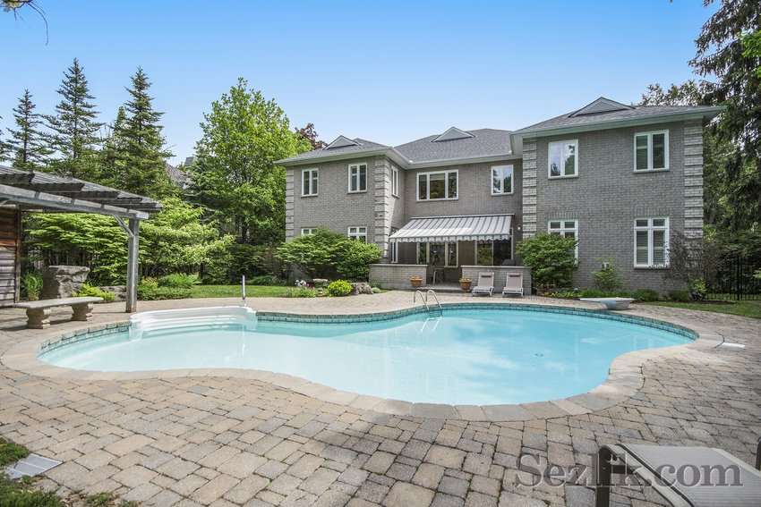 461 Cloverdale Road-26