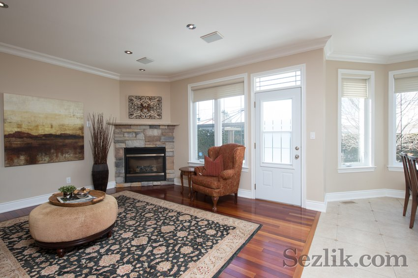 251 Côte-Royale Crescent-5
