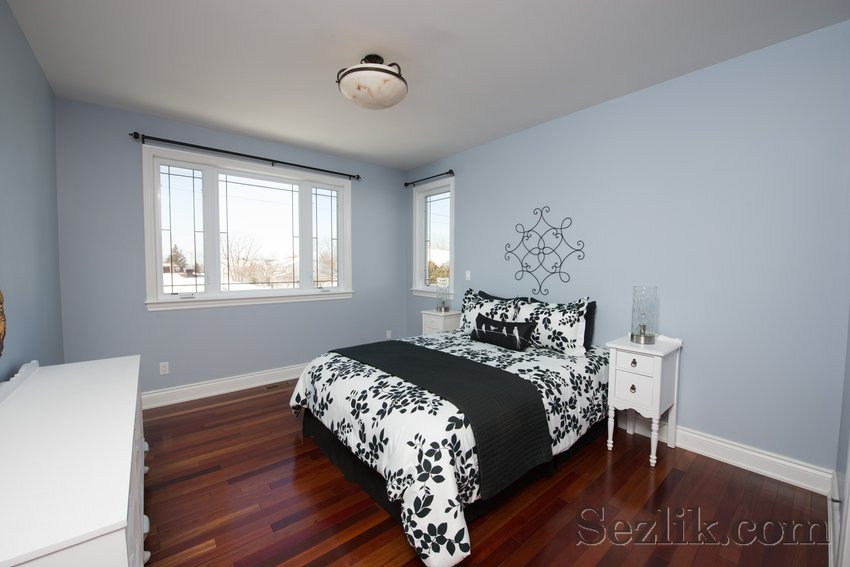 251 Côte-Royale Crescent-16