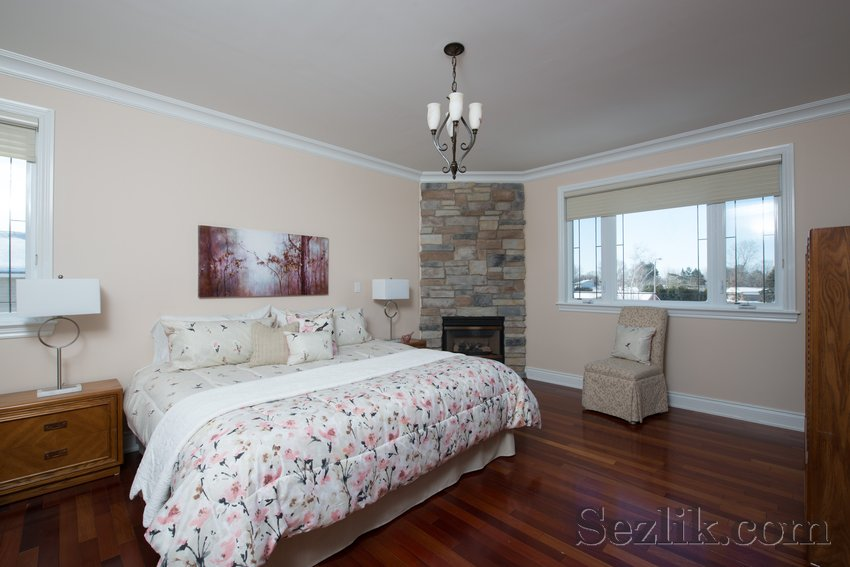 251 Côte-Royale Crescent-13